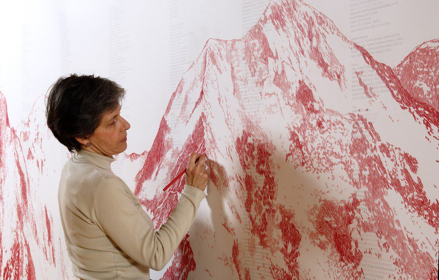 300 visita guiada à exposição Cristina Ataíde. Dar corpo ao vazio.
