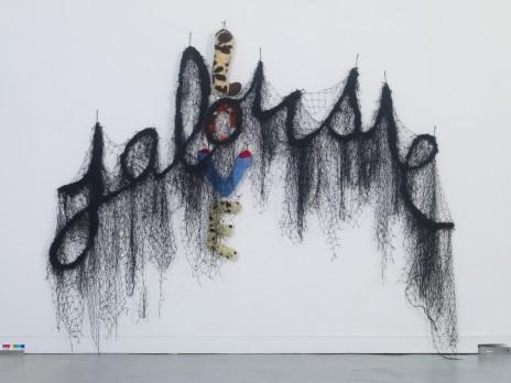 Annette Messager, Jalousie/Love, 2010