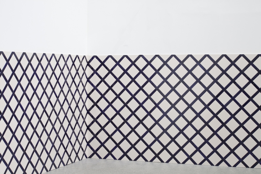 Vista da exposição / View of the exhibition Carla Filipe. da cauda à cabeça.