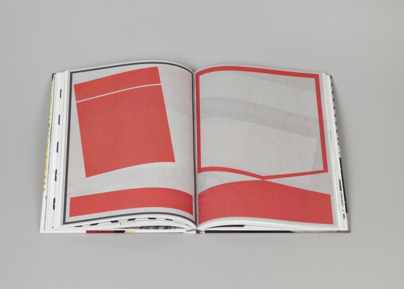 Interior do livro / Inside of the book Carla Filipe. da cauda à cabeça. Museu Coleção Berardo, 2014.