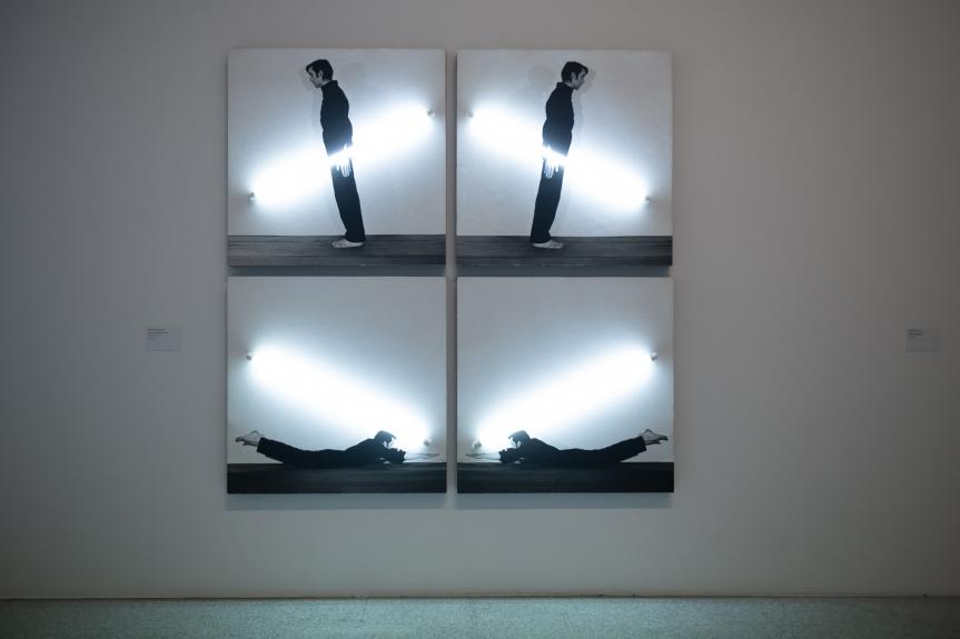 Silvestre Pestana, Bio virtual, corpo performance, 1982. Exposição Matéria Luminal / Exhibition Luminous Matter, Museu Coleção Berardo Foto/ Photo: Rita Carmo, vista da exposição / view of the exhibition