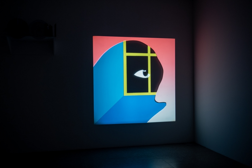 João Maria Gusmão, Janela/ Window, 2020. Exposição Matéria Luminal / Exhibition Luminous Matter, Museu Coleção Berardo Foto/ Photo: Rita Carmo, vista da exposição / view of the exhibition
